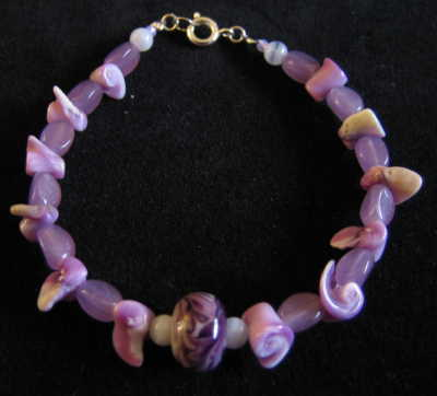 Amethyst and shell bracelet